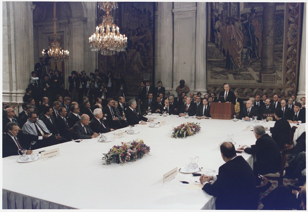 lossy-page1-1024px-President_Bush_addresses_the_Middle_East_Peace_Conference_at_the_Royal_Palace_in_Madrid,_Spain_-_NARA_-_186439.tif